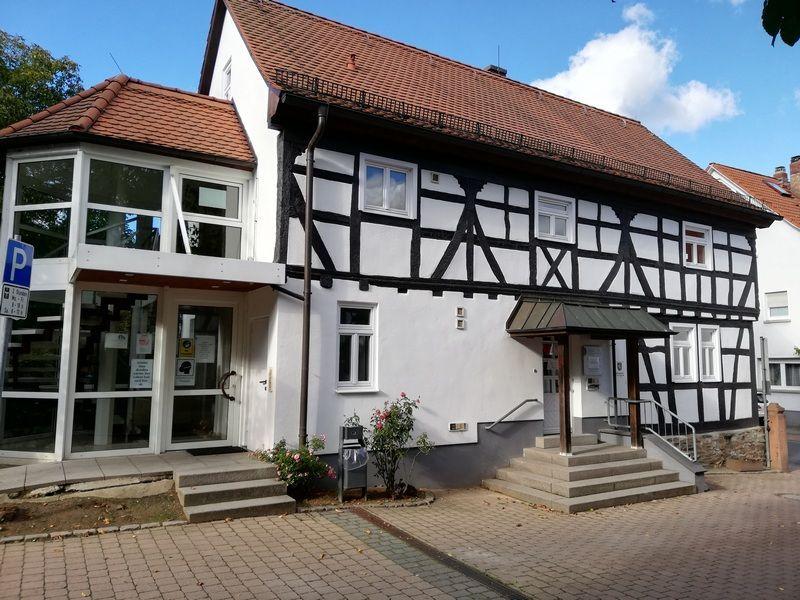 Gebäude Städtische Verwaltungsstelle Niederhöchstadt